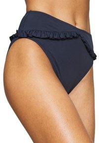 MICHAEL Michael Kors - ICONIC SOLIDS RUFFLED HIGH LEG BOTTOM - Bikini bottoms - new navy - 5