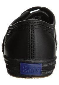 Keds - CHAMPION - Baskets basses - black - 1