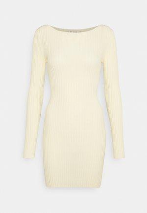 LYLA DRESS - Sukienka dzianinowa - butter