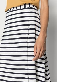 Marc O'Polo - JERSEY SKIRT - A-line skirt - multi/dark blue - 4