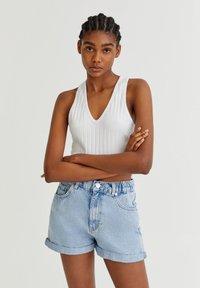 PULL&BEAR - Shorts di jeans - light blue - 0