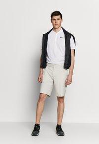 Nike Golf - DRY VICTORY - Sports shirt - white/black - 1