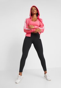 adidas Performance - CLIMACOOL WORKOUT BRA - Sport BH - pink - 1