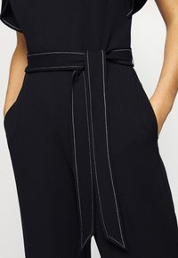 Lauren Ralph Lauren - LUXE TECH CREPE-JUMPSUIT - Combinaison - lighthouse navy - 7