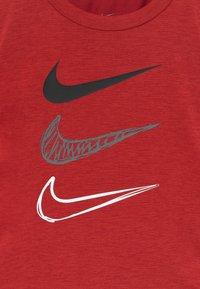 Nike Sportswear - TEE SET - Kraťasy - iron grey - 4