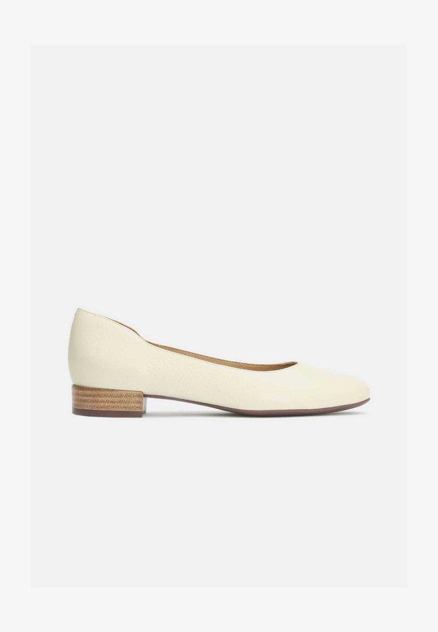 MELROSE - Ballerina's - beige