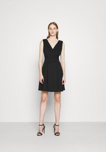 SOPHIA SKATER DRESS - Sukienka koktajlowa - black