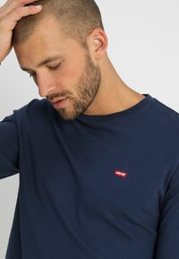 Levi's® - ORIGINAL TEE - T-shirt à manches longues - dress blues - 3