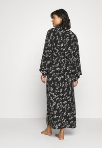 Anna Field - LISHA - LONG PRINTED ROBE  - Badjas - black/gold - 2