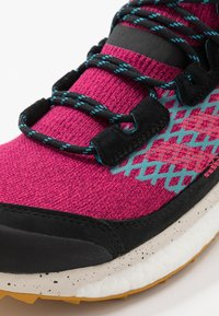 adidas Performance - TERREX FREE HIKER - Trekingové boty - berry/core black - 5