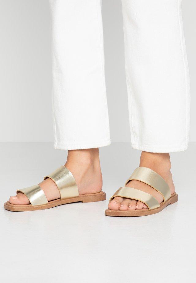 FRANK COMFORT FOOTBED - Mules - gold metallic