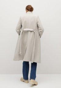 Mango - LUNA - Classic coat - open beige - 2