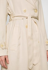Marc O'Polo - TRENCH COAT DOUBLE BREASTED BELTED WELT POCKETS - Trenchcoat - raw sand - 5