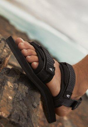 FOOTWEAR NEO TRAVELLER - Outdoorsandalen - black out