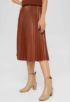 Pleated skirt - toffee