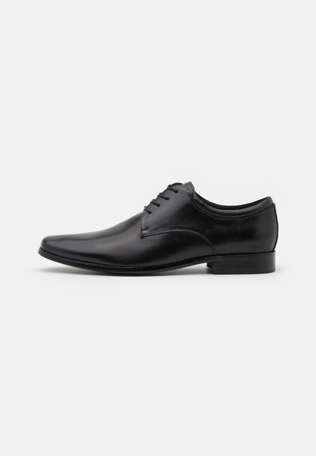 NOICIEN - Šněrovací boty - black
