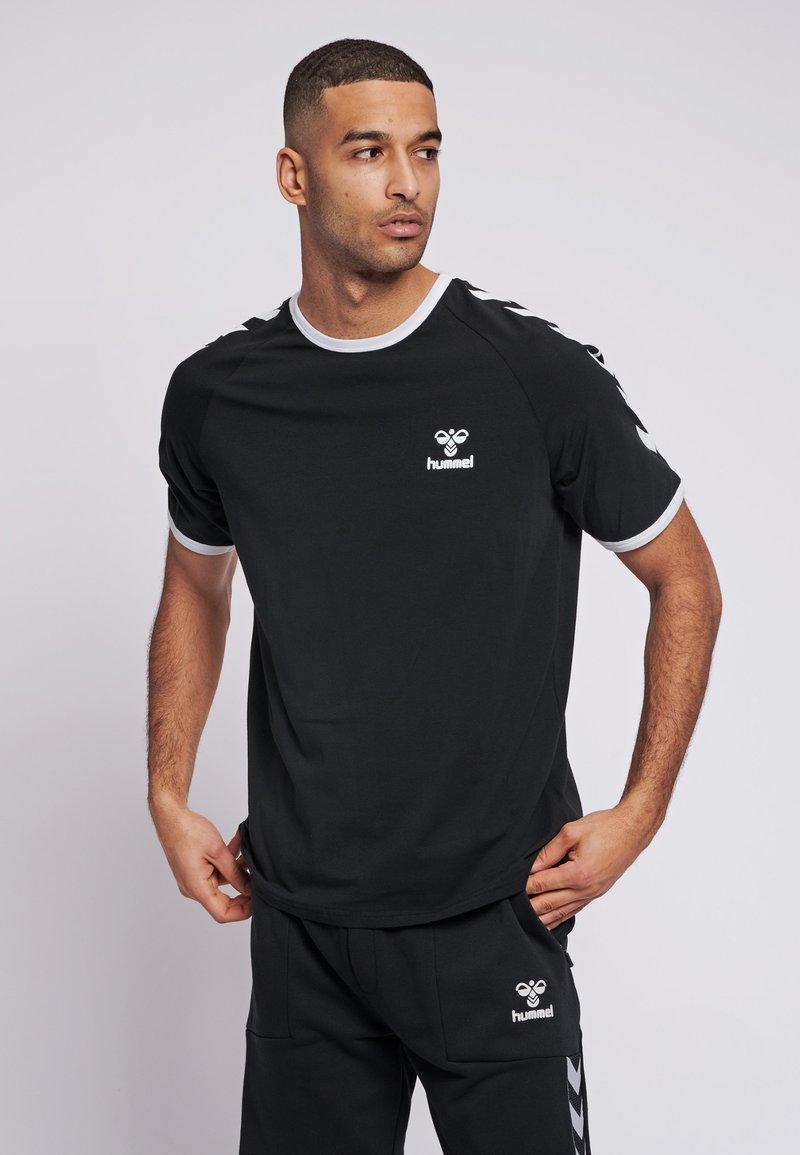 Hummel - JIMMY - Print T-shirt - black