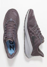 Nike Performance - AIR ZOOM VOMERO 14 - Neutral running shoes - thunder grey/black/stellar indigo/gunsmoke/atmosphere grey/light blue - 1