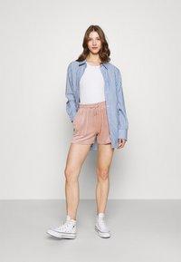 ONLY - ONLLAYA - Shorts - adobe rose - 1