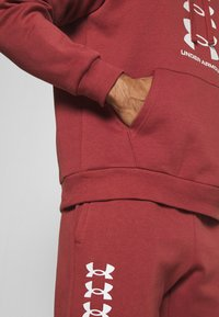 Under Armour - RIVAL MULTILOGO - Hoodie - cinna red/onyx white - 4