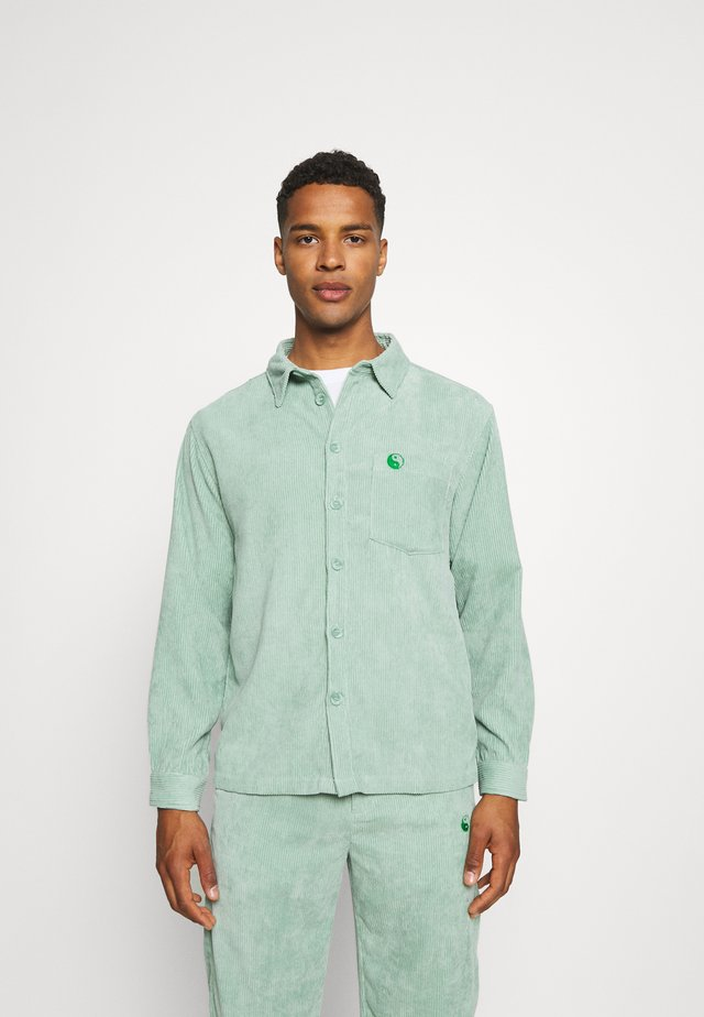 LONG SLEEVE SHIRT WITH YIN YANG EMBROIDERY - Shirt - green