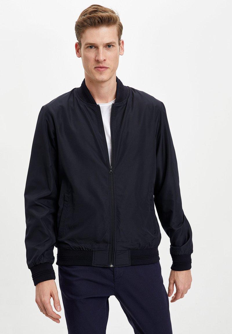 DeFacto - Light jacket - navy