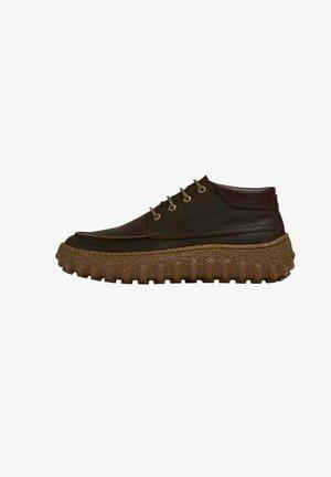 GROUND - Sneakers laag - dunkelbraun