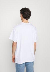 Vintage Supply - VINTAGE BEACH BOYS GRAPHIC UNISEX - Print T-shirt - white - 2