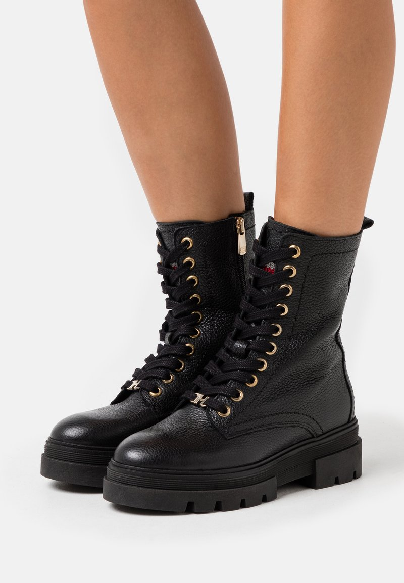 Tommy Hilfiger - RUGGED CLASSIC BOOTIE - Platform ankle boots - black