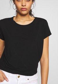 ONLY - ONLGRACE  - T-shirts basic - black - 4