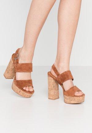 LEATHER  - Sandály na vysokém podpatku - cognac