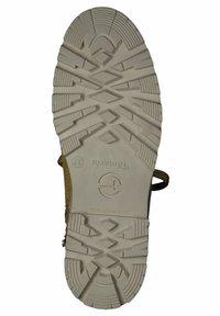 Tamaris - Šněrovací kotníkové boty - saffron - 4
