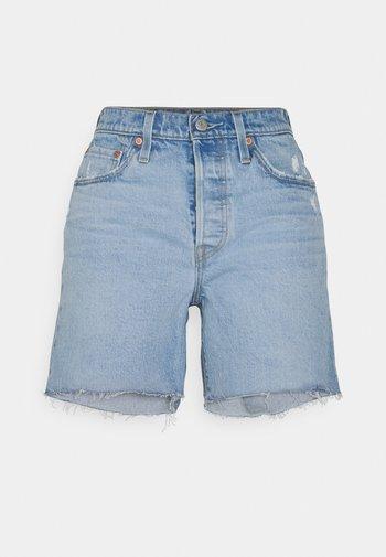 501® MID THIGH SHORT - Szorty jeansowe - tango crushed short