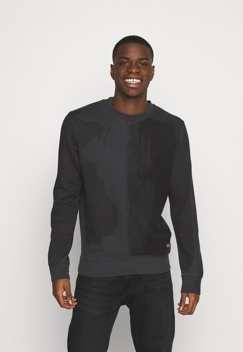 Jack & Jones - JCODENNIS CREW NECK - Sweatshirt - black