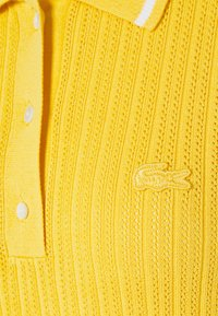 Lacoste - Jumper dress - anthemis/freesia/flour - 2