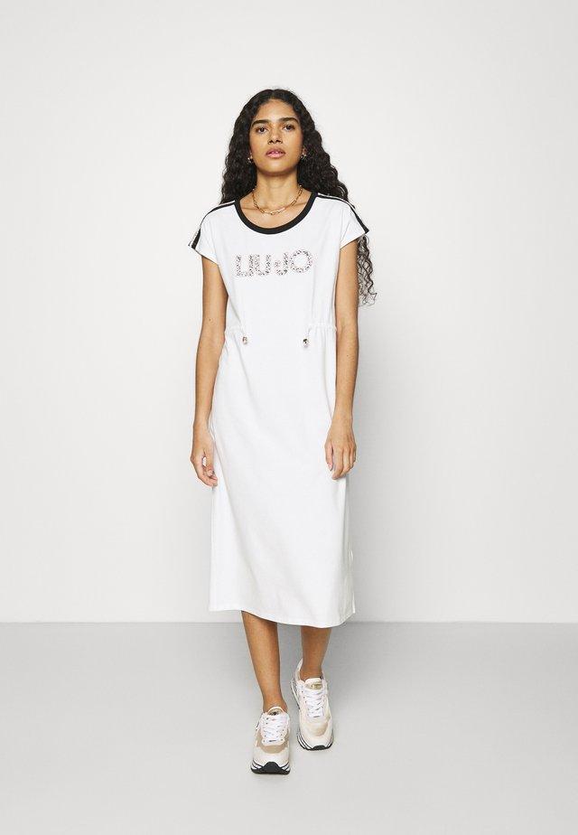 ABITO - Jersey dress - snow white