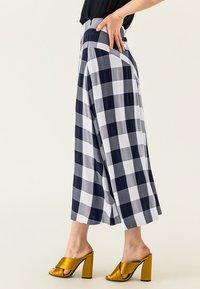 IVY & OAK - Maxi skirt - navy blue - 3
