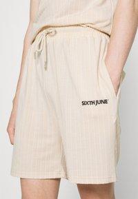 Sixth June - STRIPES - Shorts - beige - 4
