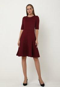 Madam-T - Day dress - weinrot - 1