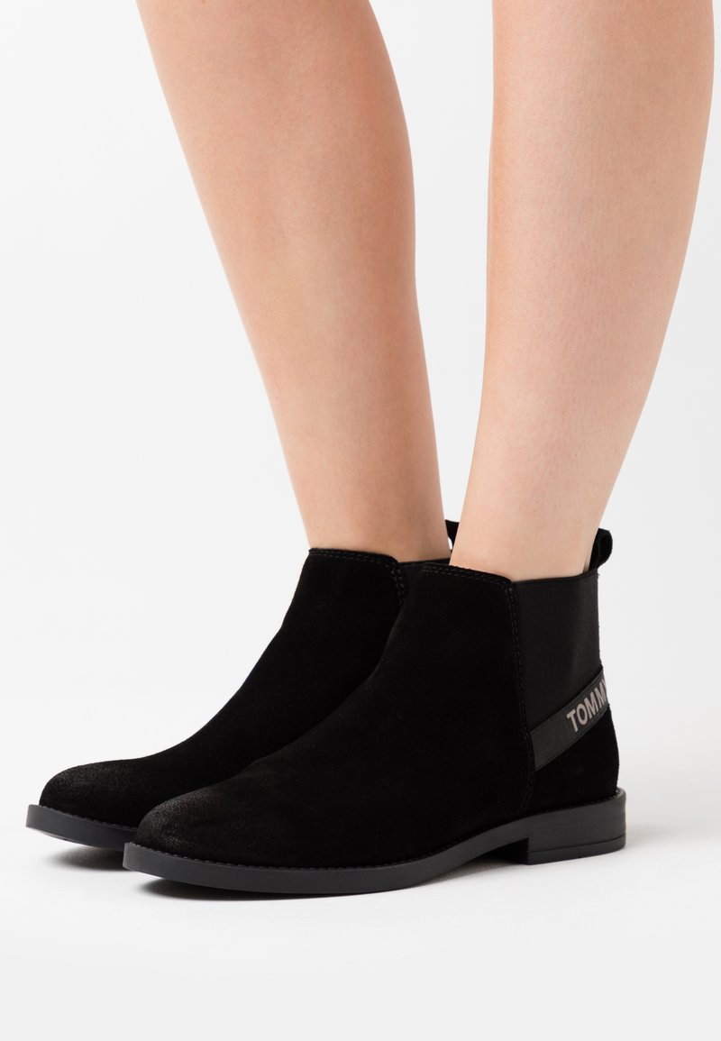 Tommy Jeans - ESSENTIAL CHELSEA - Ankle boots - black