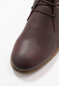 HUB - CHUCKIE - Ankle boots - dark brown - 2