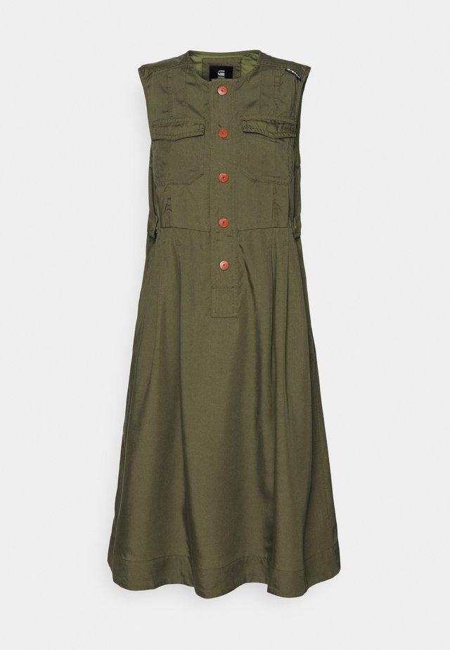 FIT AND FLARE DRESS - Sukienka letnia - combat