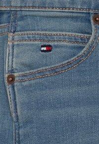 Tommy Hilfiger - MODERN STRAIGHT - Straight leg jeans - denim - 2