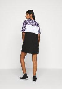 Fila Petite - ALLI TEE DRESS - Jersey dress - black/sand verbena/bright white - 2