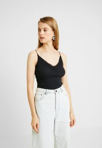 Hollister Co. - CAMI 3 PACK  - Top - white/black - 1