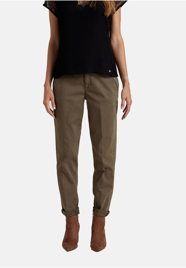 Pantalones - verde
