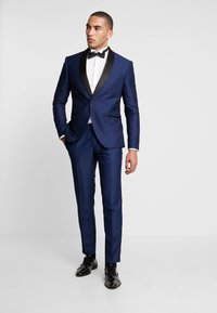 Isaac Dewhirst - FASHION TUX - Garnitur - dark blue - 1