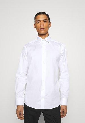 SHIRT SLIM - Formal shirt - white
