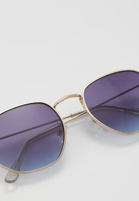 Jeepers Peepers - Occhiali da sole - gold-coloured/purple to blue - 2