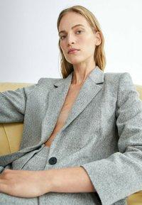 Massimo Dutti - Short coat - grey - 2